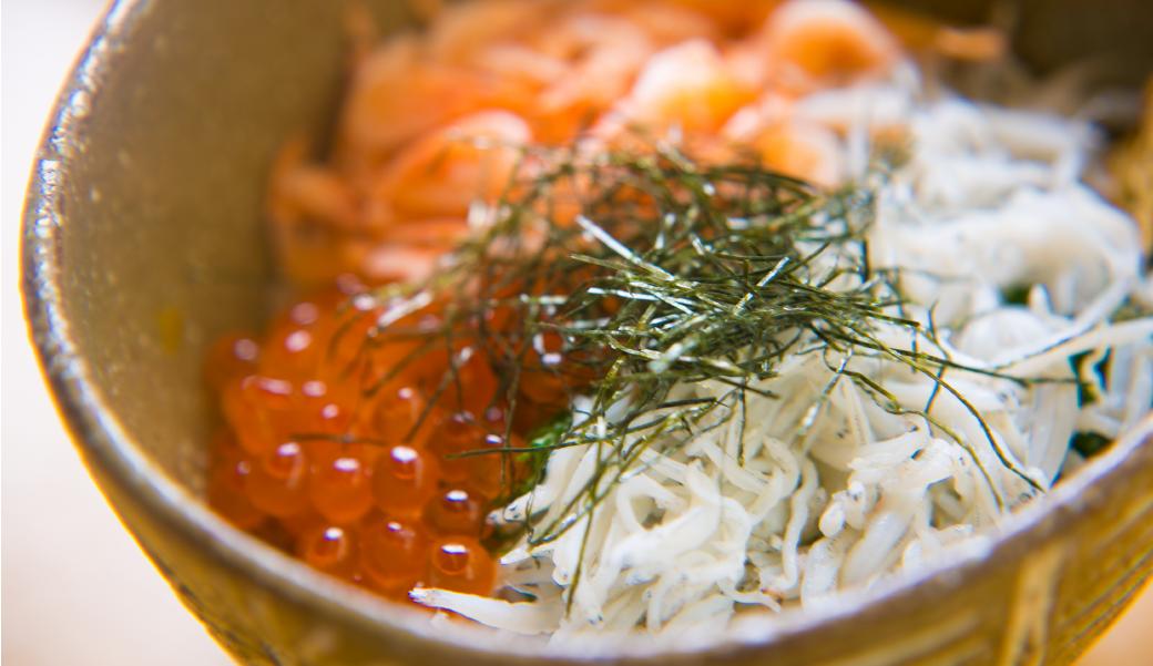 釜揚げしらす&桜海老のミニ2色丼