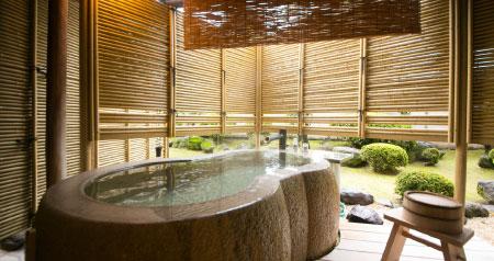 個性あふれる多彩な露天風呂
