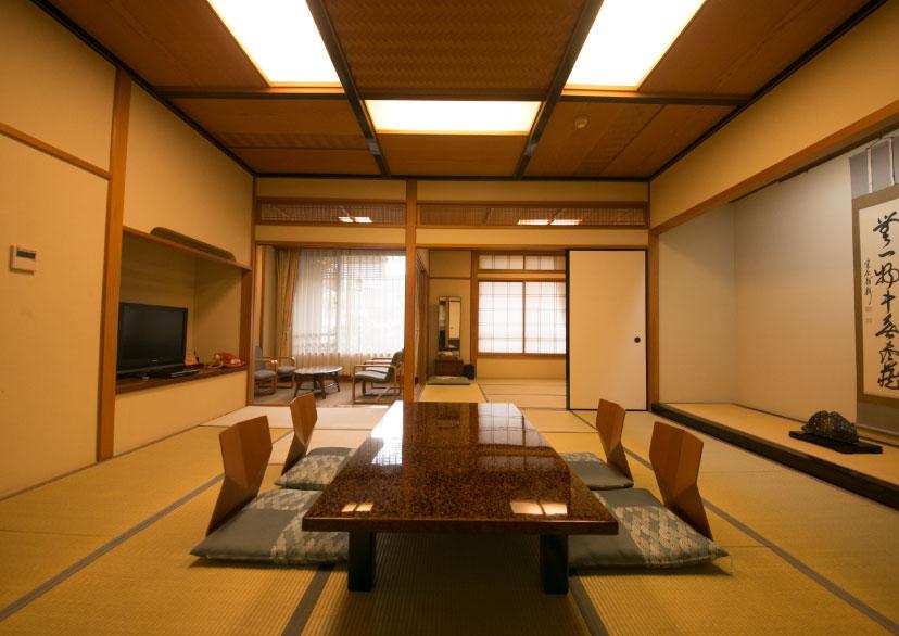 温泉内風呂付き客室 (12.5畳+4.5畳)