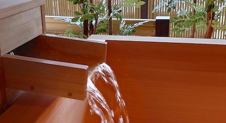 天然温泉をプライベートな空間で